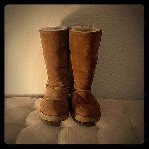 UGG Chestnut Classic Tall Boot - 7